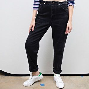 Vintage high waisted black Riders mom jeans